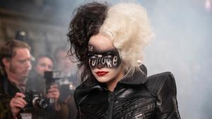 Emma Stone, en un fotograma de 'Cruella'