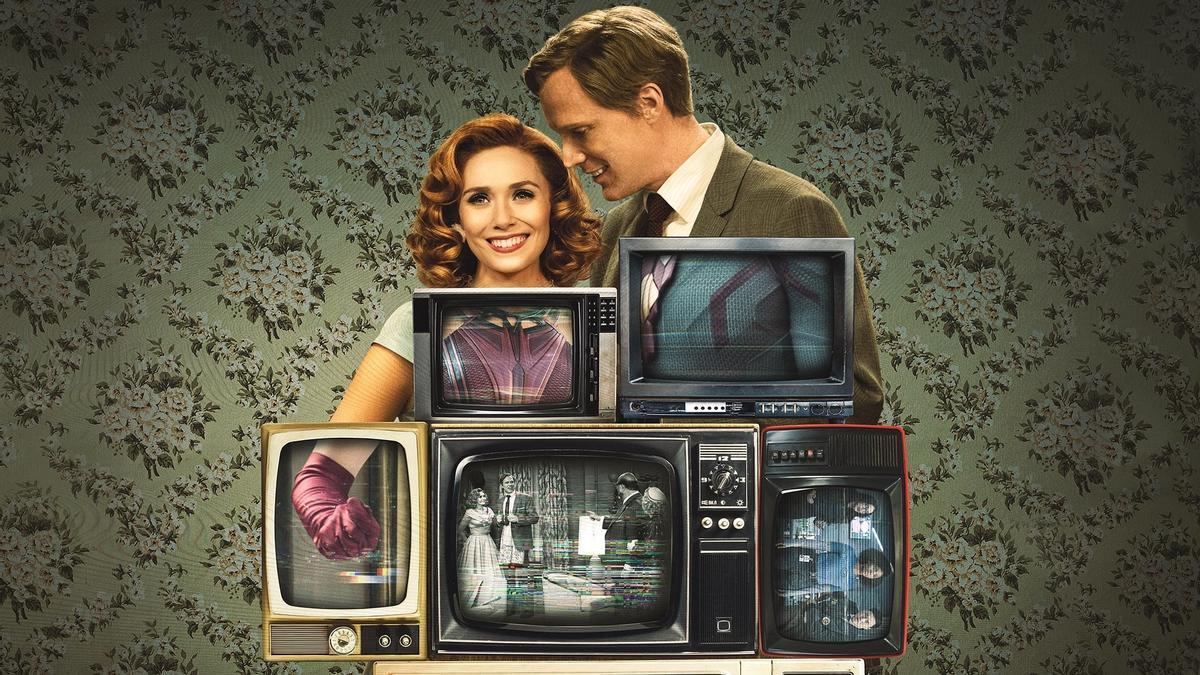 Elisabeth Olsen y Paul Betany, en una imagen promocional de 'Bruja Escarlata y Visión'.