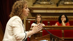 La 'consellera' de Justícia, Ester Capella, en el Parlament.