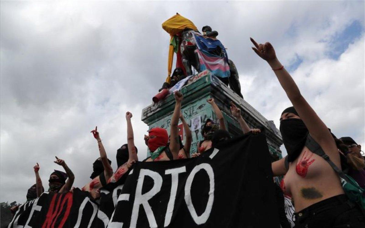 Protestas en Chile por la violencia en contra de las mujeres.