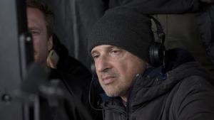 Rafa Russo dirigiendo su segundo largometraje, 'El año de la furia'.