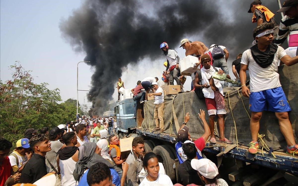 Venezuela: La ayuda no entra y Maduro rompe relaciones con Colombia