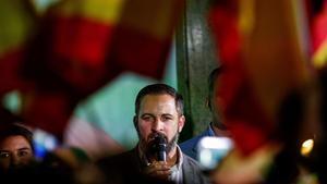 El presidente de Vox, Santiago Abascal, en la sede del partido la noche electoral del 26-M.
