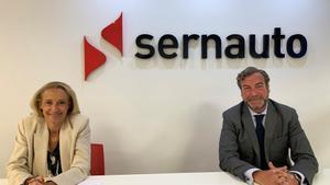 María Helena Antolin, presidenta de Sernauto, y José Portilla, director general de Sernauto