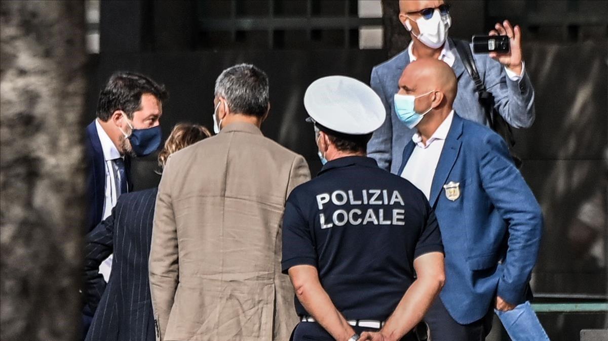 Salvini entra hoy en el tribunal de Catania, en Sicilia.