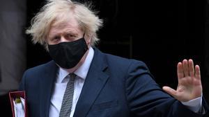 El Regne Unit provarà un sistema de passaport sanitari