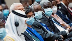La ministra de Asuntos Exteriores de España, Arancha González Laya, en la sesión de apertura de la cumbre ordinaria de jefes de Estado y Gobierno del grupo G5 Sahel, en Yamena, capital del Chad.