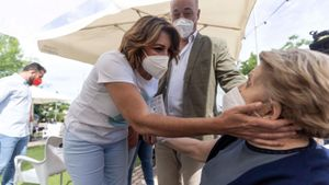 La secretaria general del PSOE-A y candidata a las primarias de su partido, Susana Díaz, mantiene un encuentro con militantes en Córdoba, el pasado 8 de mayo.