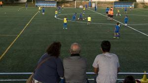 Escuela de fútbol como actividad extraescolar en Sant Just Desvern.