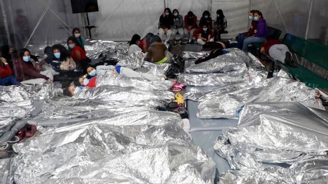 EEUU divulga dos videos sobre las condiciones de vida en dos instalaciones de Texas donde permanecen cientos de niños migrantes
