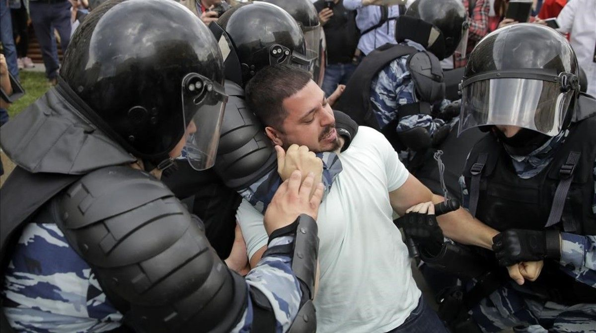 Disturbis a Moscou i Sant Petersburg.