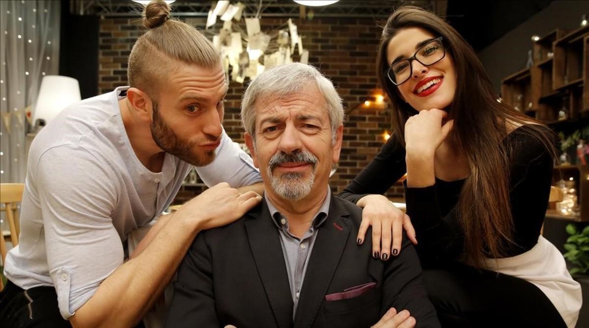 Matías Roure, Carlos Sobera y Lidia Torrent, en el plató de 'First dates'.