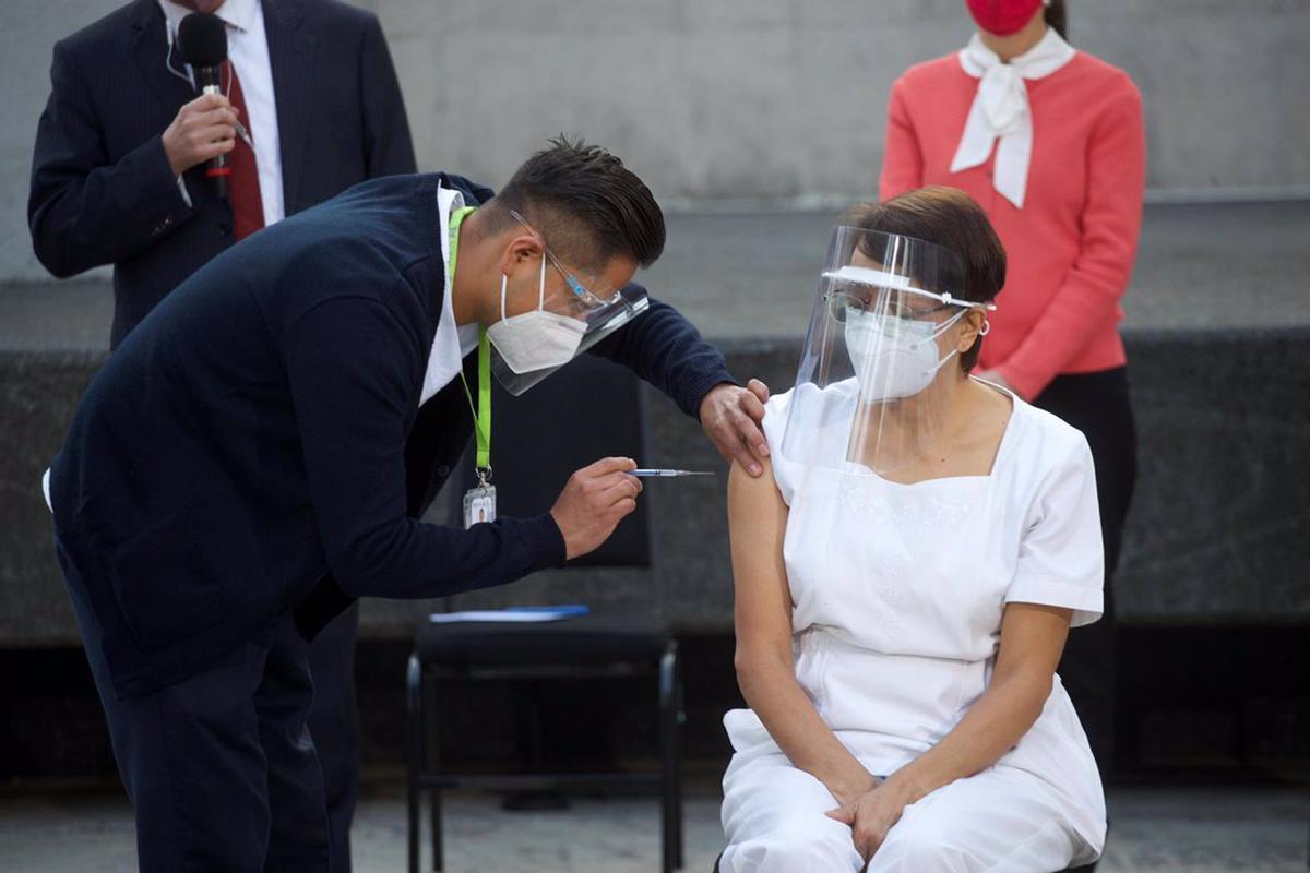 México ha aprobado el uso de emergencia de la vacuna contra la COVID-19 de AstraZeneca.