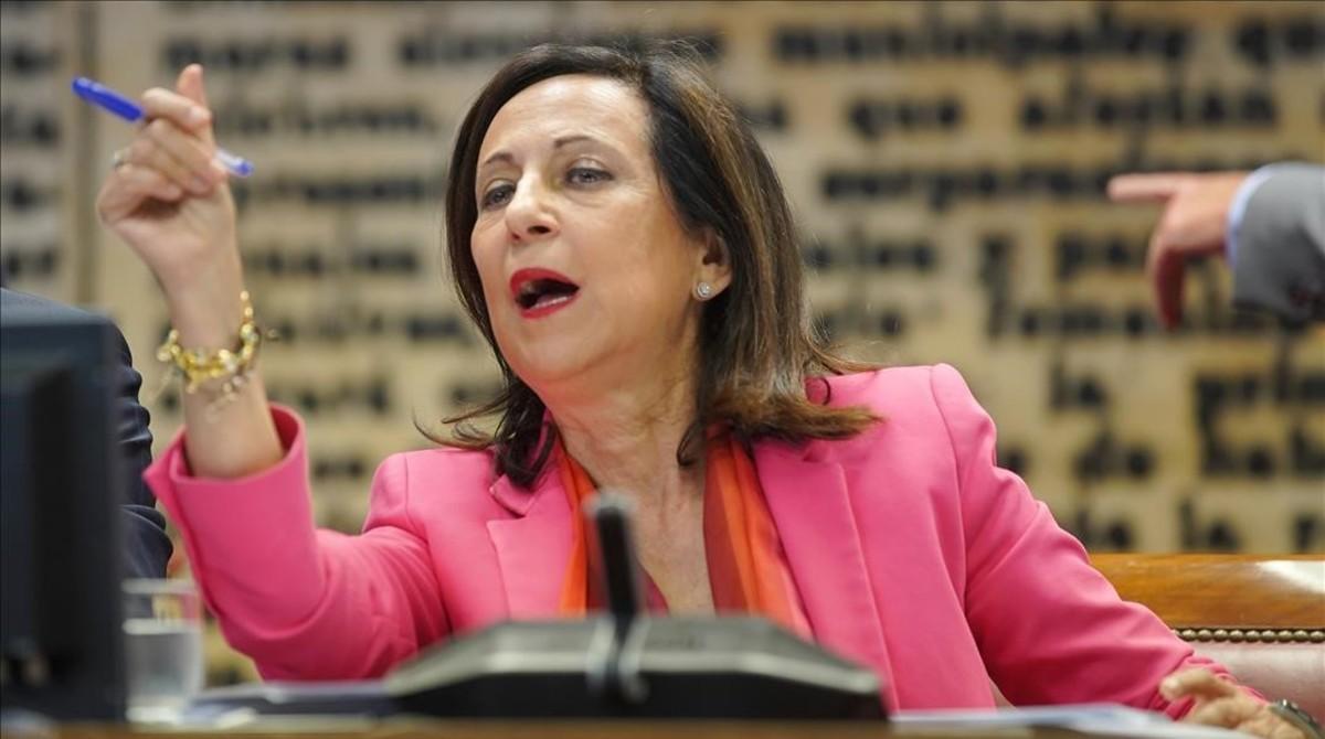 La ministra de Defensa, Margarita Robles, en el Senado.