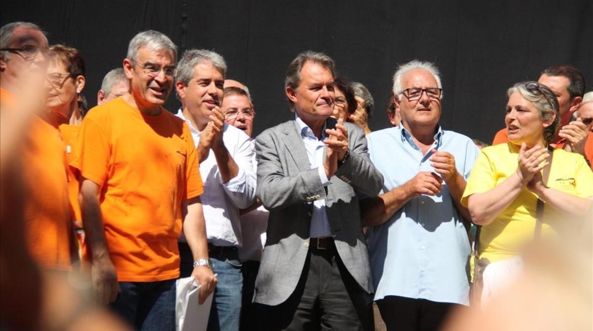 Artur Mas y Francesc Homs, este domingo en Arenys de Munt.