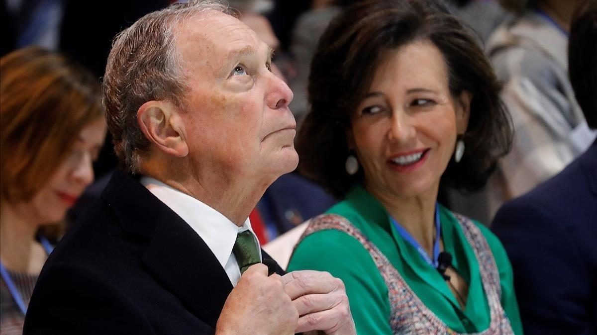 El presidente de Bloomberg, Michael Bloomberg, y la presidenta del Banco Santander, Ana Patricia Botín, este martes en Madrid