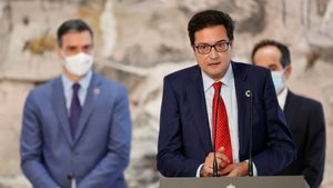 Sánchez alleugereix la Moncloa i augmenta la presència de dones