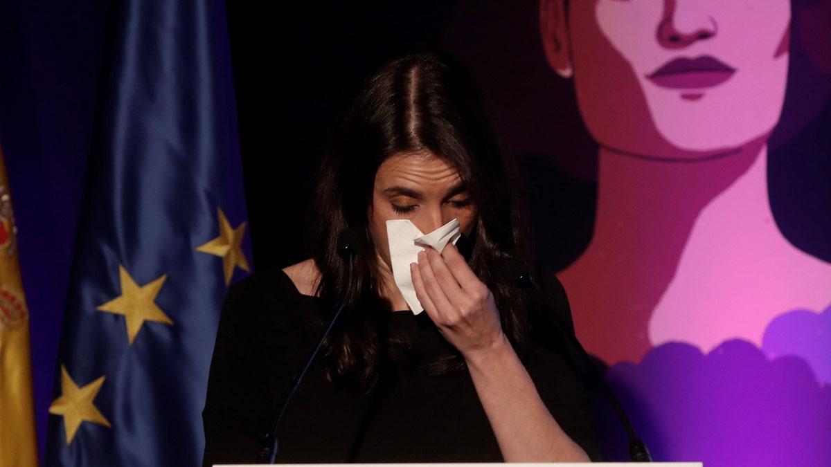 Montero, emocionada, señala que Igualdad es el Ministerio de todas las mujeres.