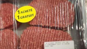 Descobert un frau d'hamburgueses destinades a pobres a França