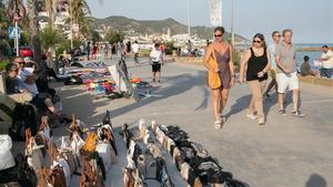 Intervenen a Badalona accessoris falsificats per valor d'1,3 milions