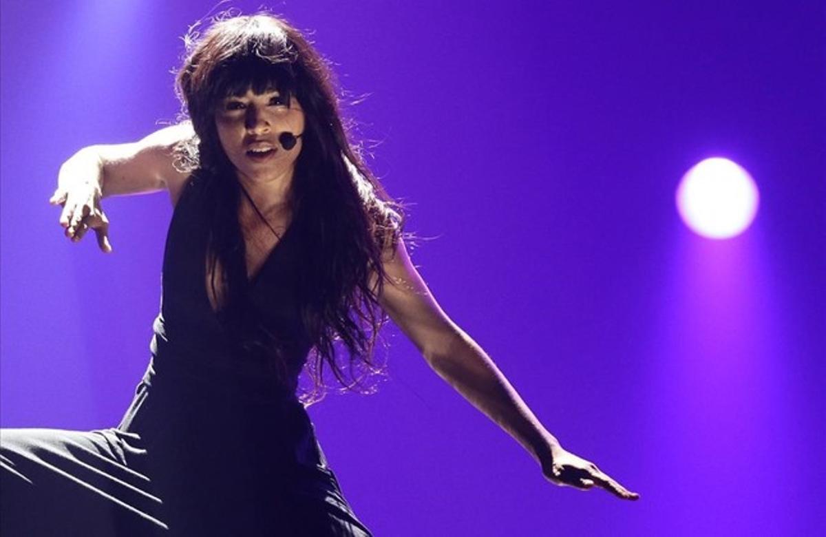 La cantante sueca Loreen, ganadora del Festival de Eurovisión del 2012 con la canción 'Euphoria', durante su intervención en el certamen.