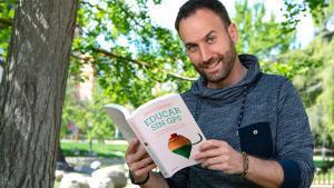 """""""Educar sin GPS"""", el libro del maestro Ares González"""