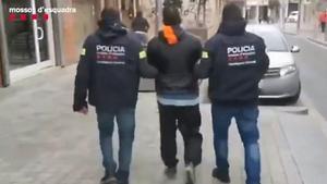 Los Mossos detienen a dos reclusos que no regresaron a prisión tras un permiso penitenciario