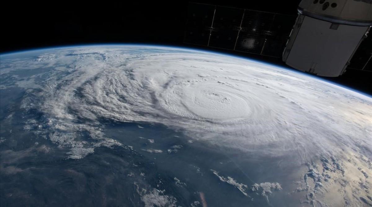 Una imagen del un huracán, desde la ISS de la Nasa