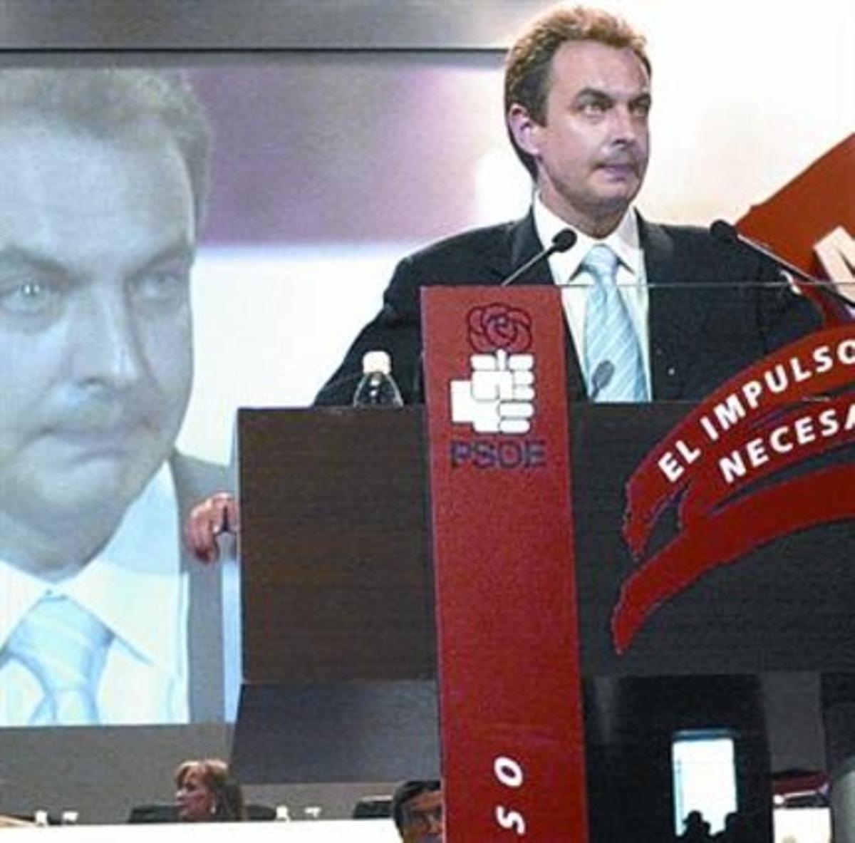 Días de ilusión 8 Zapatero, en el congreso que lo eligió como líder.