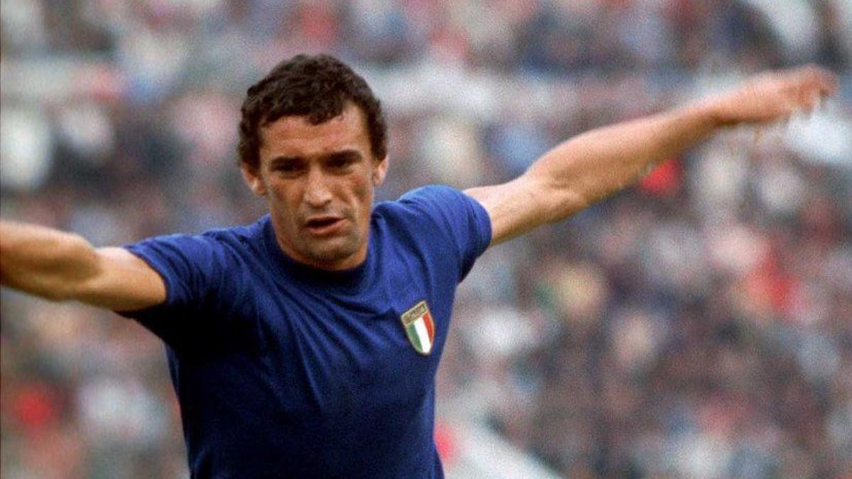 Gigi Riva, en un partido de la selección italiana en la Eurocopa de 1968.