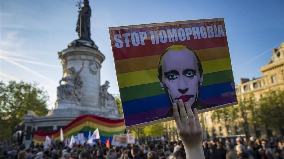 Protesta contra la homofobia en París.