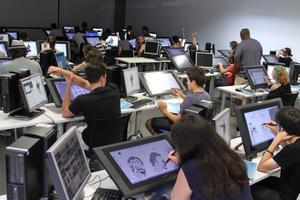 Formarse para ser desarrollador de videojuegos en uno de los 6 mejores centros del mundo