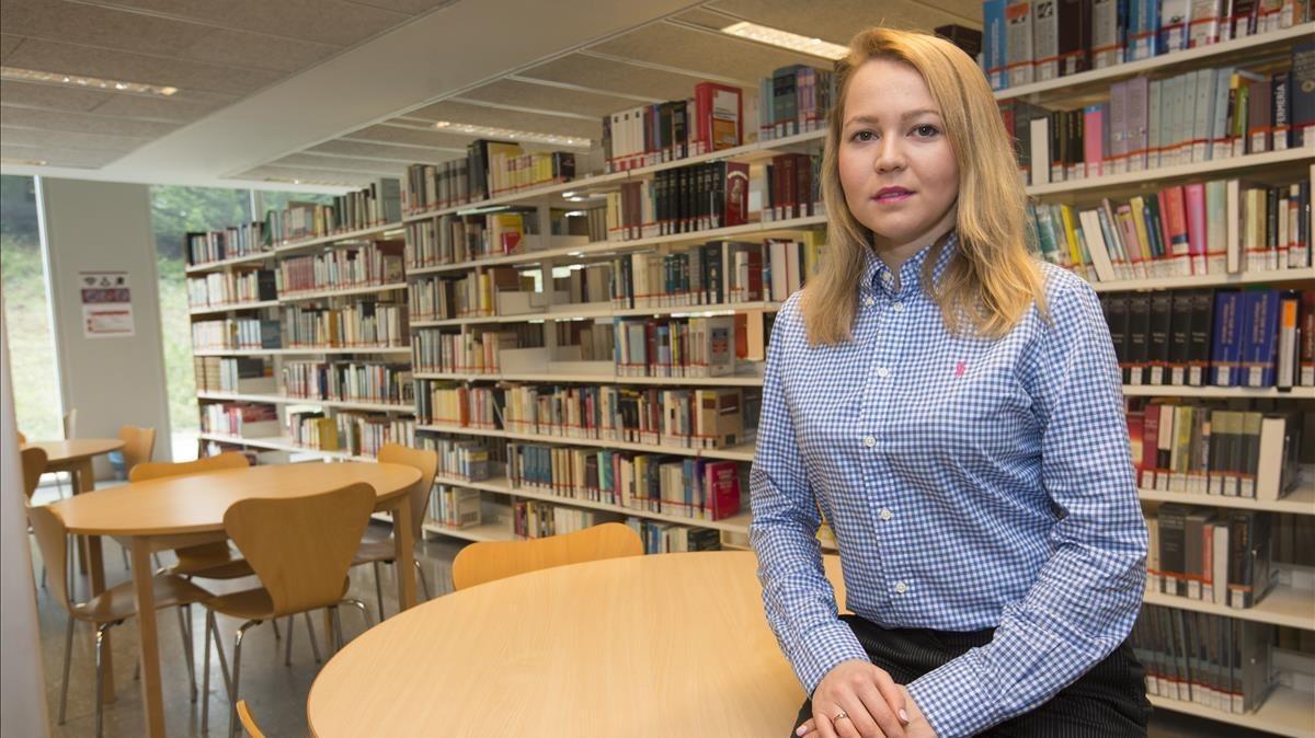 La estudiante Svetlana Gritsenko posa en el campus Catalunya de la Universitat Rovira i Virgili (URV), el pasado viernes.