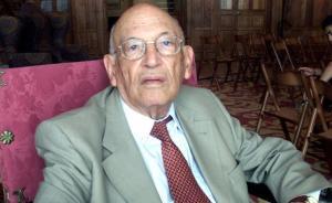 Mor el filòleg clàssic i acadèmic de la RAE Rodríguez Adrados