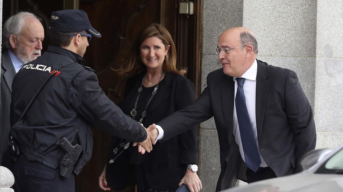 El Coronel de la Guardia Civil Diego Lopez de los Cobos llega al Tribunal Supremo para declarar como testigo.