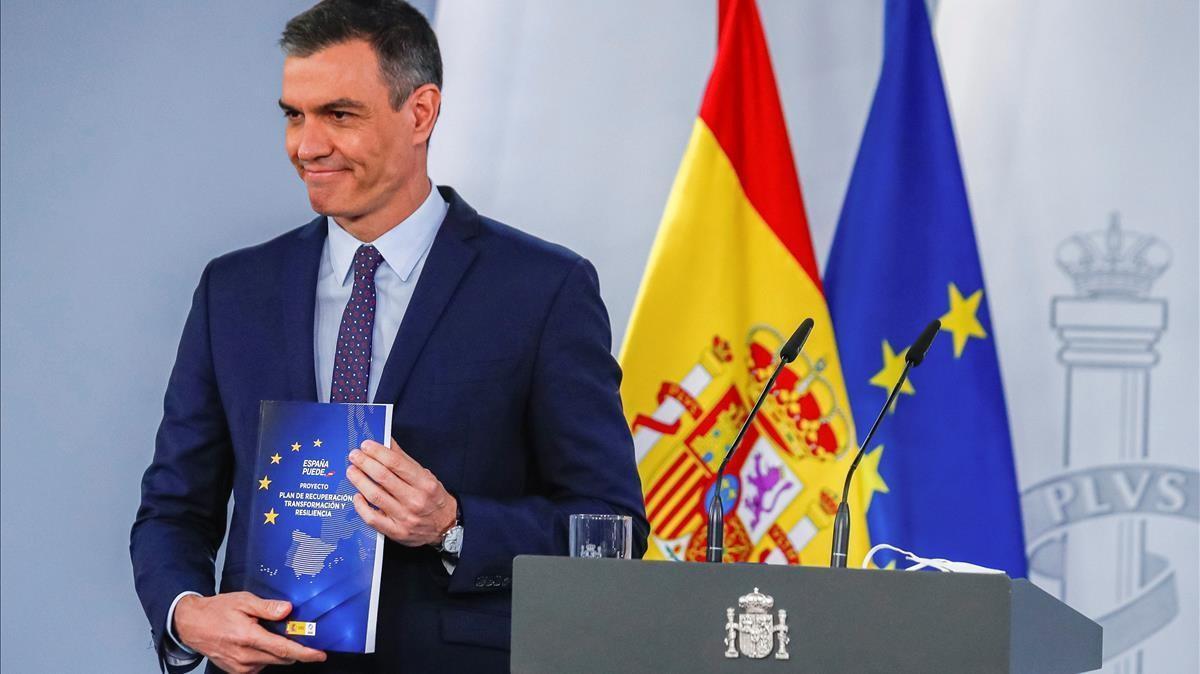 El presidente del Gobierno  Pedro Sanchez,  en rueda de prensa tras la reunión del Consejo de Ministros el pasado 13 de abril en la Moncloa.