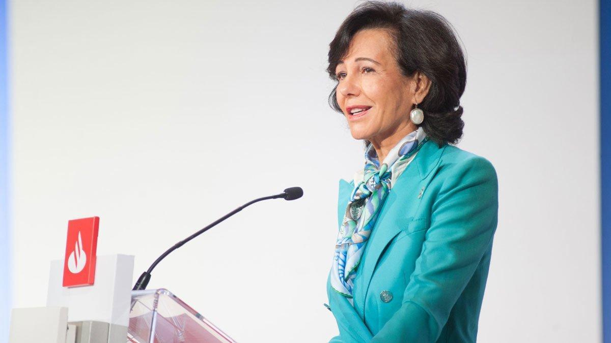 Ana Botín, en la Junta general de accionistas 2020 del Santander.