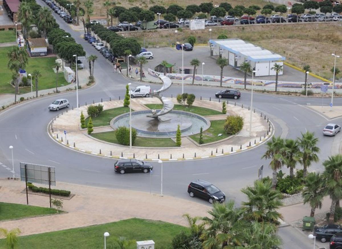 Una de las rotondas del complejo Marina d'Or, en Oropesa.