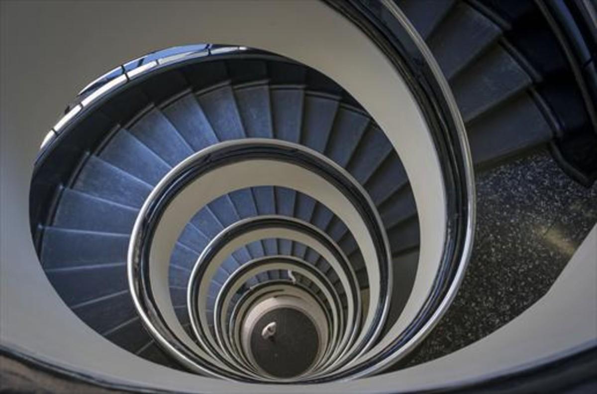 Escaleras del interior de la clínica Barraquer.