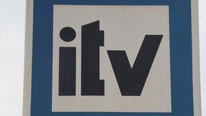 Posar l'adhesiu de la ITV en un cotxe que no l'ha superat és delicte