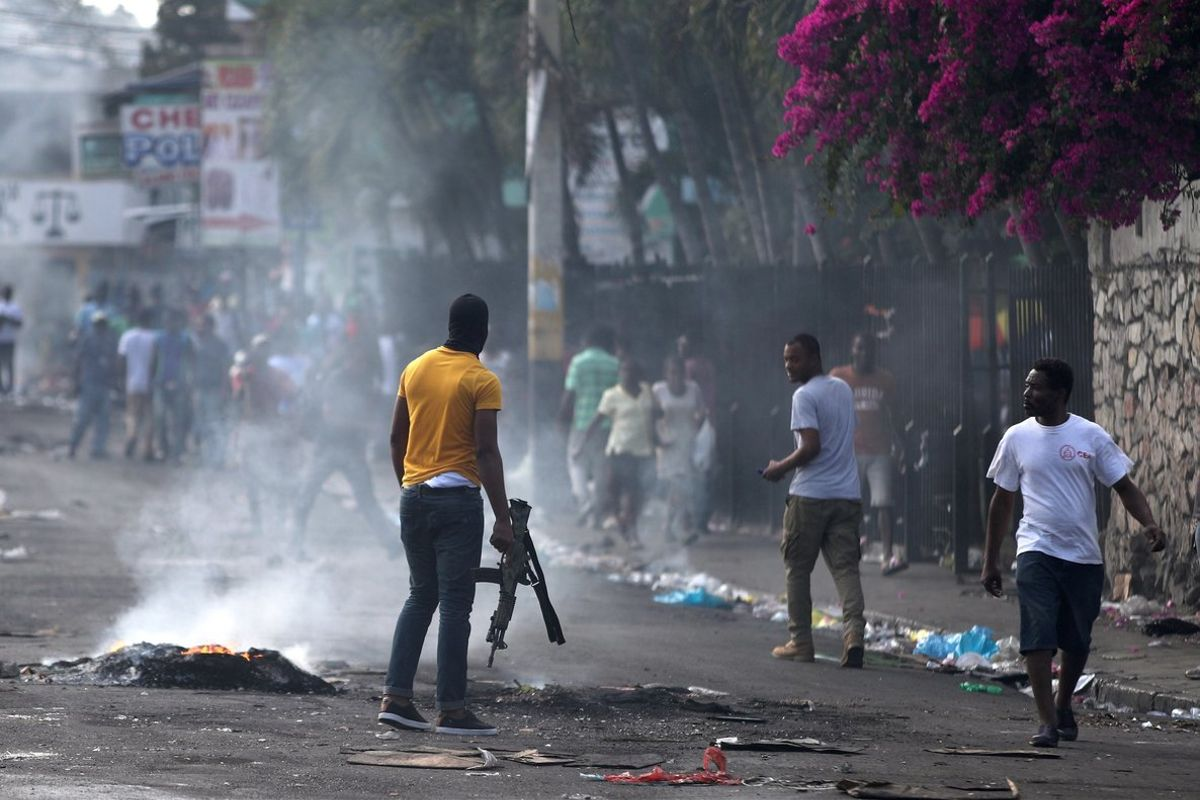 Las protestas callejeras en Haití son cada vez más violentas.