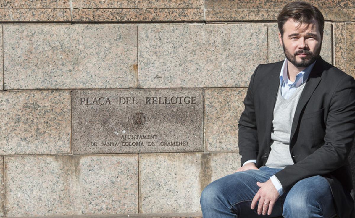 El candidato de ERC a las elecciones generales del 20-D, Gabriel Rufián, ayer, en Santa Coloma de Gramenet.