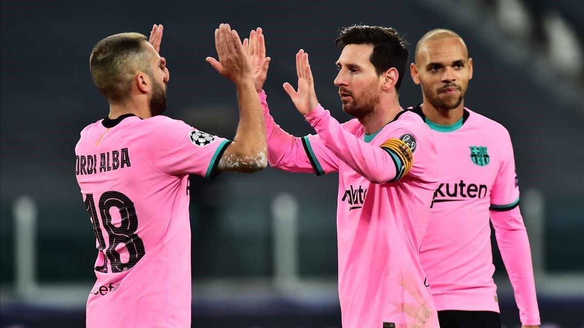Jordi Alba y Messi celebrando el 0-2 ante la Juventus