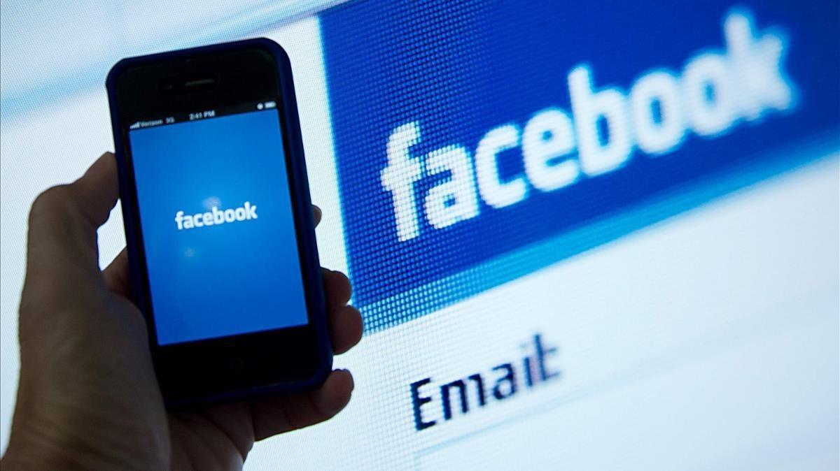 Facebook bloquea completamente los perfiles vinculados al Ejército birmano