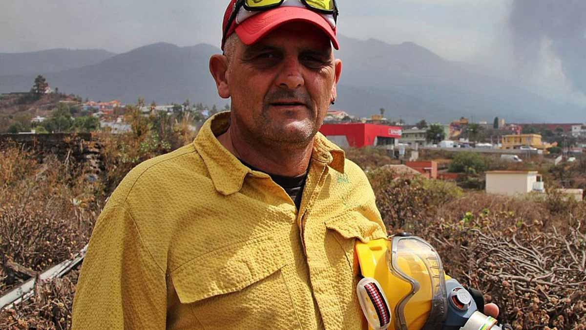 D'un funeral a la catàstrofe del volcà de La Palma