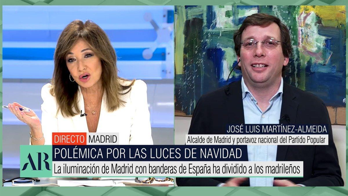 Ana Rosa opina sobre els llums nadalencs amb la bandera espanyola: «Alcalde, s'ha passat»