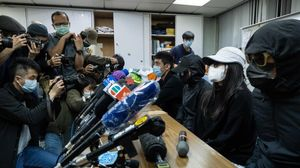 Familiares de los doce jóvenes detenidos en agosto de 2020 cuando intentaban cruzar desde China a Taiwán.