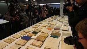 Detalles de los 'papeles de Salamanca' devueltos al Arxiu Nacional de Catalunya, de Sant Cugat del Vallès, en diciembre del 2008.