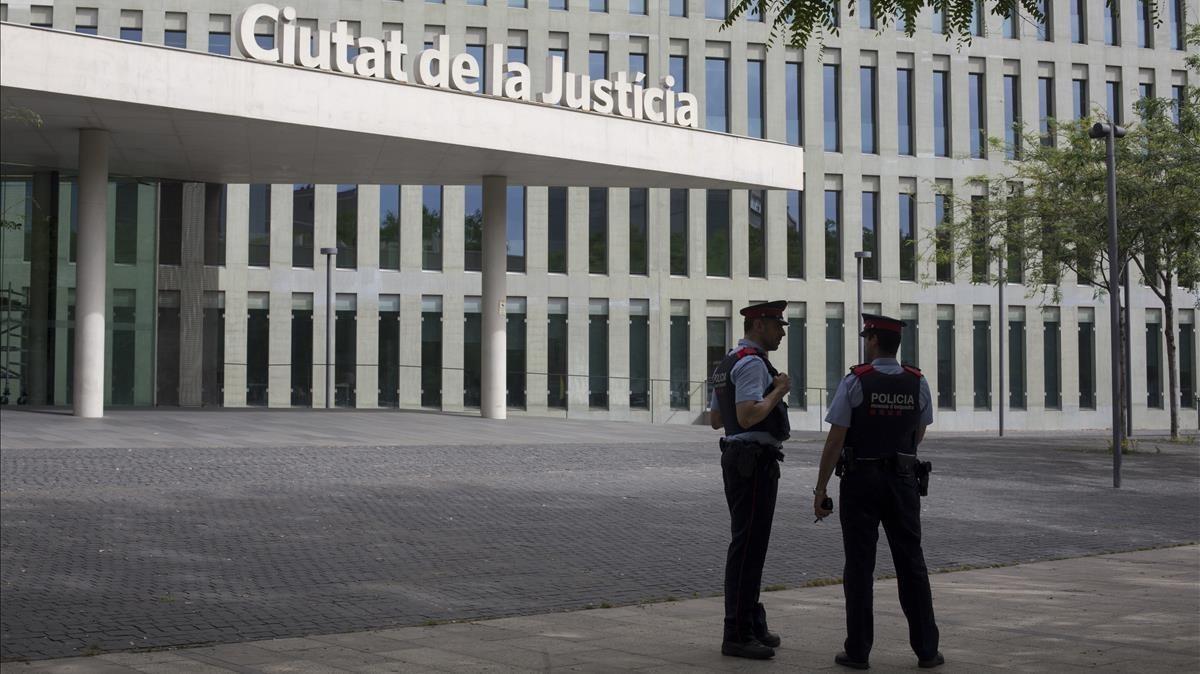 Entrada de la Ciutat de la Justícia de Barcelona.