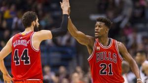 Butler liederó a los Bulls con 40 puntos para vencer a los Lakers.